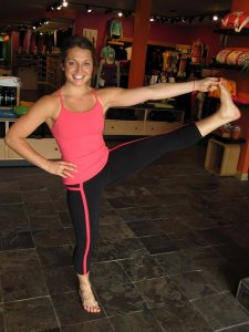 The Lululemon Luon black yoga pants. / FLICKR, CC