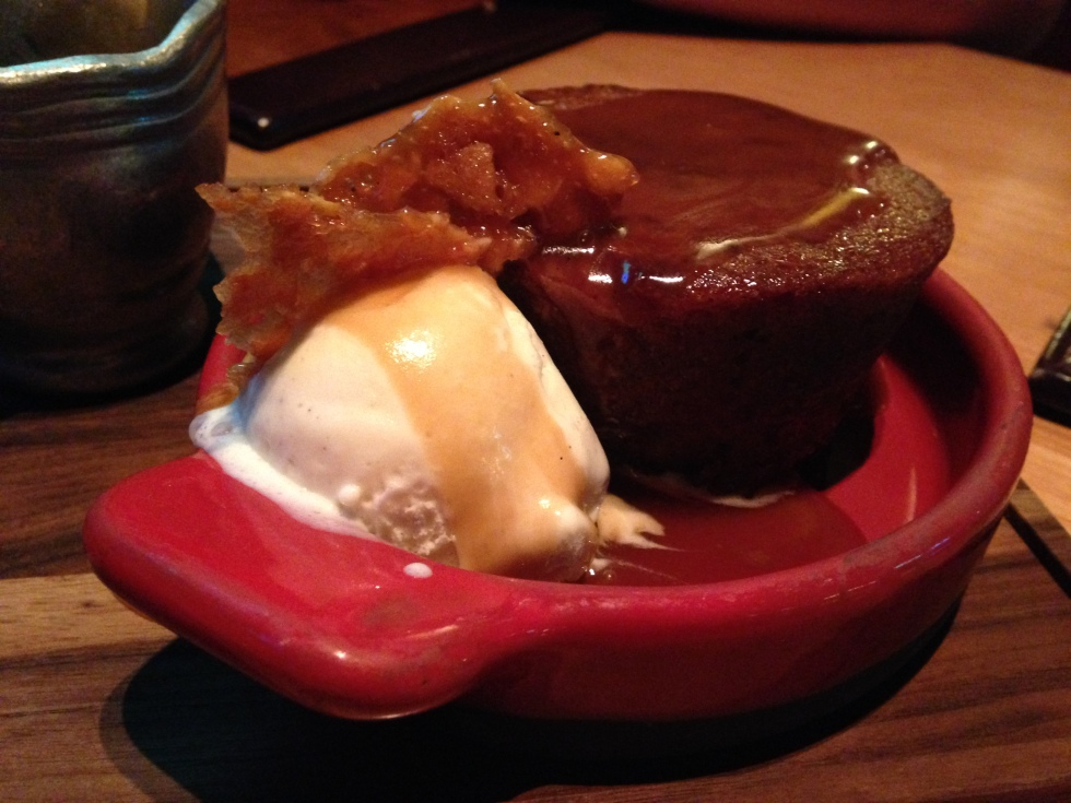 Sticky toffee pudding dessert at Gordon Ramsay Pub & Grill in Caesar's Palace