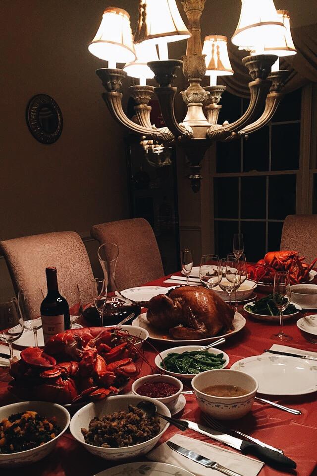 Su family Thanksgiving feast