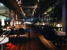 Reina restaurant indoor patio