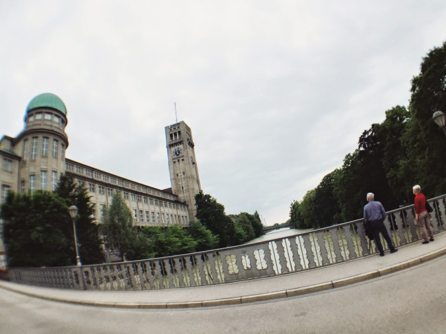 Bridge to Deutsches Museum