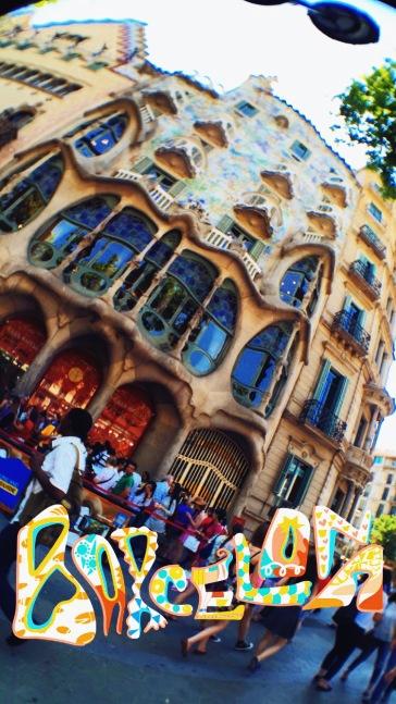 Snapping Gaudi's Casa Battlo