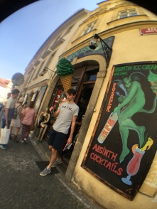 Absinth store that offers absinth ice cream