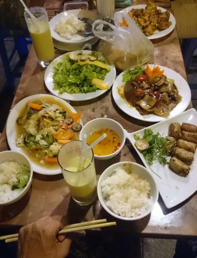 Over-ordering in Hanoi