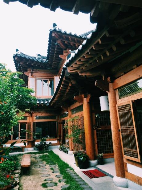Exploring Jeonju Hanok Village