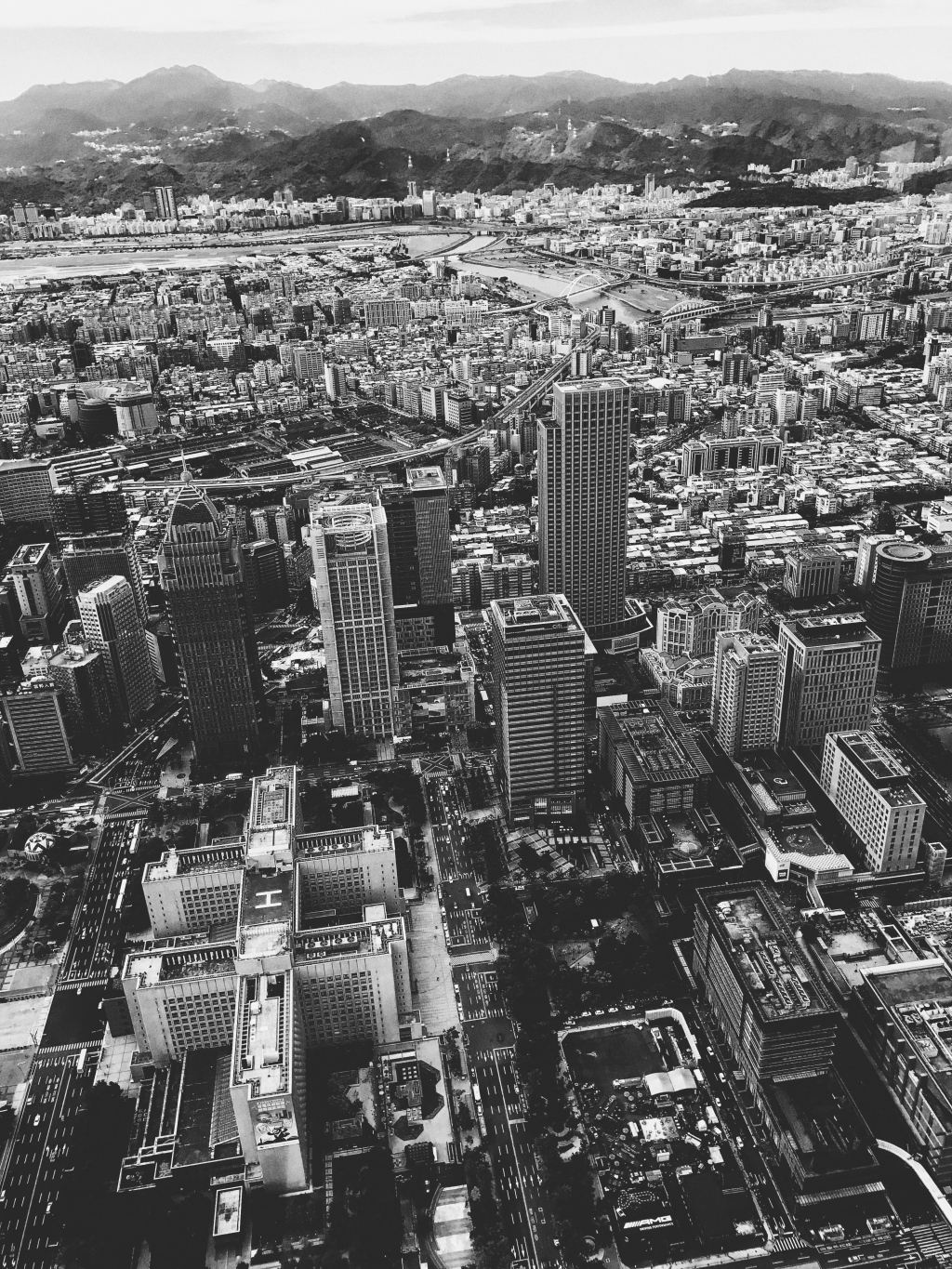 Black and white photo from Taipei 101